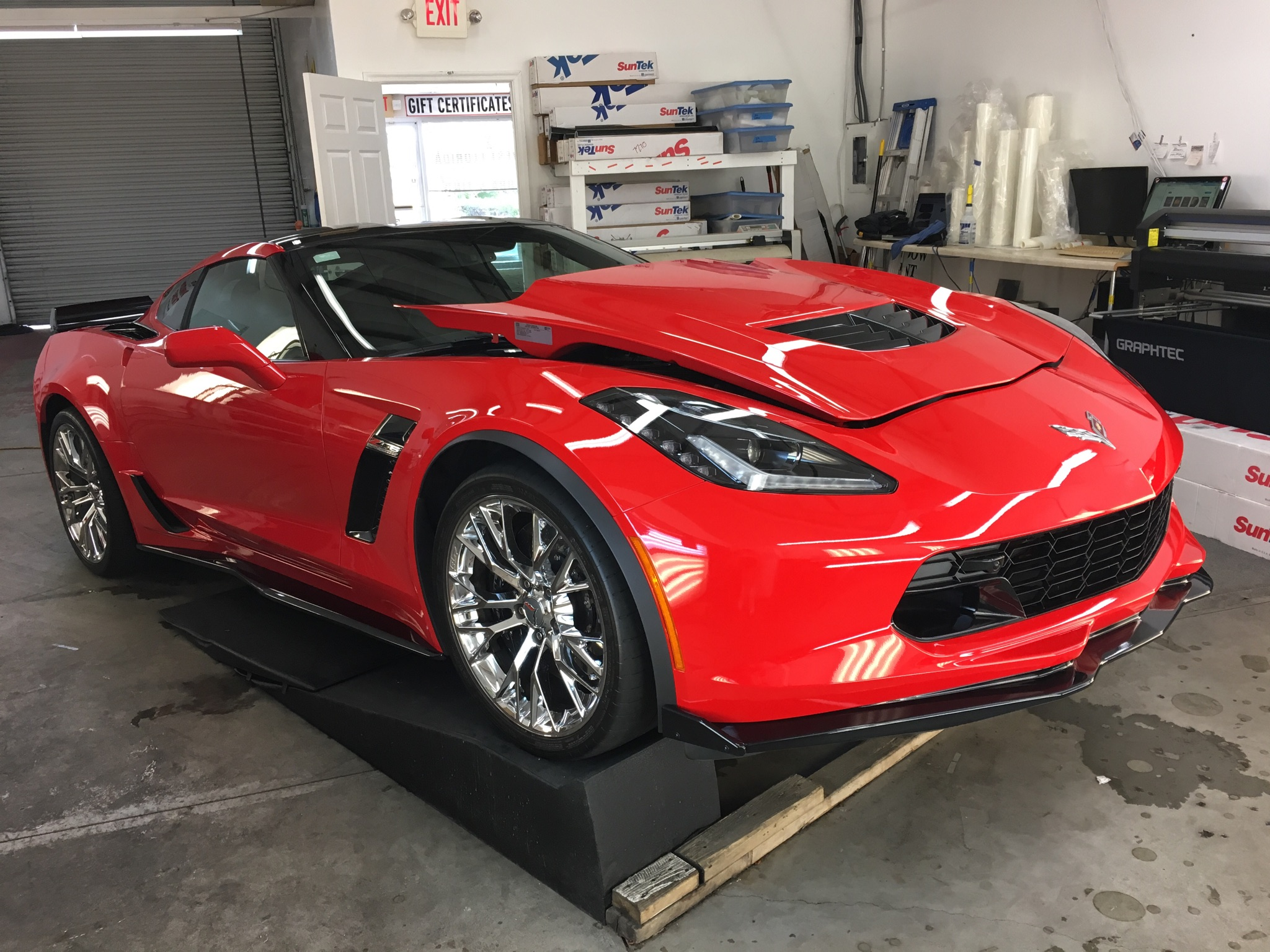 C7 Z06 Corvette Clear Bra Installation - Southwest Florida ...
